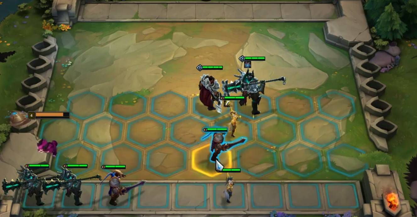 Teamfight tactics popular early game T formation